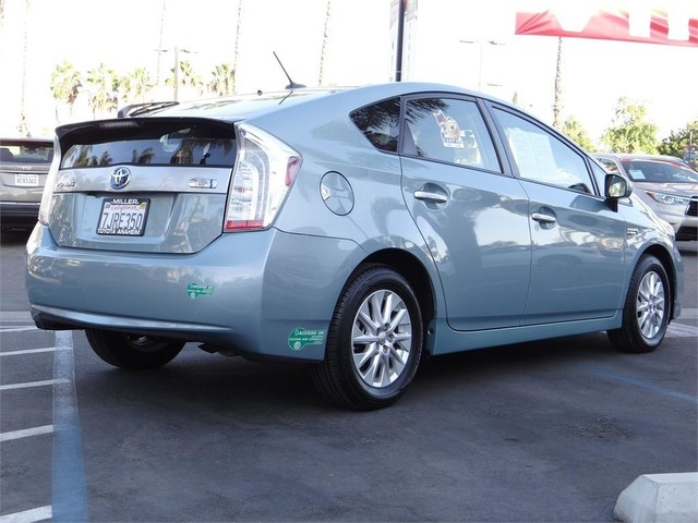 Certified Pre-Owned 2015 Toyota Prius Plug-In *1 OWNER.LOW MILES.