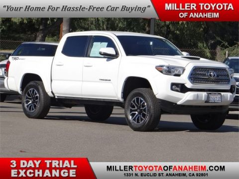 Certified Pre-Owned 2017 Toyota Tacoma TRD Sport* BRAND NEW 2020 TACOMA ALLOYS AND TIRES, PLUS LEVELING KIT! Rear Wheel Drive Trucks - In-Stock