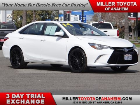 Certified Pre-Owned 2017 Toyota Camry SE* BRAND NEW HI-TECH ALLOYS AND PERFORMANCE TIRES! NAVI. MOON R