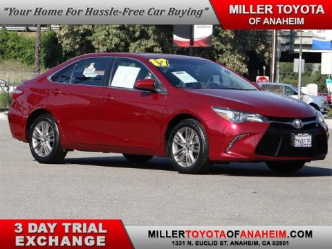 Certified Pre-Owned 2017 Toyota Camry SE*NAVI.MOON ROOF!
